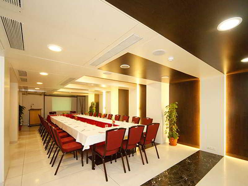 Hotel Shree Panchratna - Tg Pune, India Hotels & Resorts