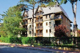 Residence Les Embruns:  General: normandy: deauville france hotels & resorts deauville