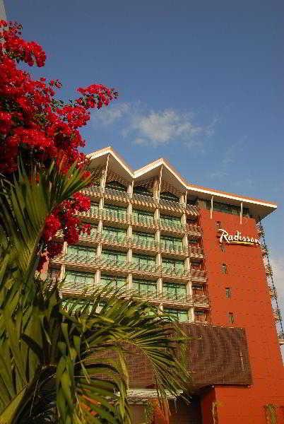 Radisson Summit Hotel & Golf