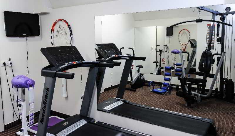 Bo18 Hotel:  Leisure & Sport