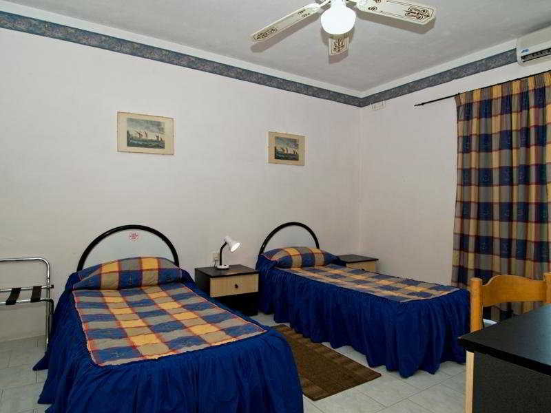 White Dolphin Holiday Complex:  Room: .malta malta hotels & resorts qawra