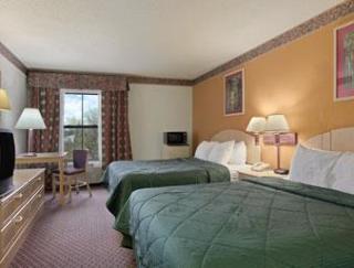 Days Inn & Suites by Wyndham Harvey Chicago South