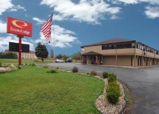 Econo Lodge Paw Paw Area