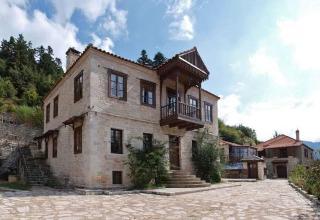 Hotel Koryshades Village