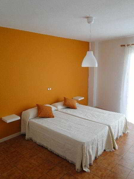 Hostal Balearic:  Room