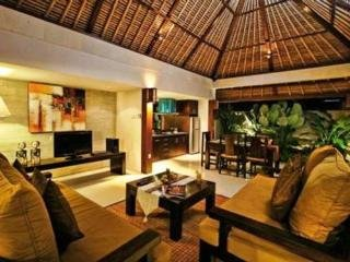 The Khayangan Dreams Villas Umalas:  Lobby