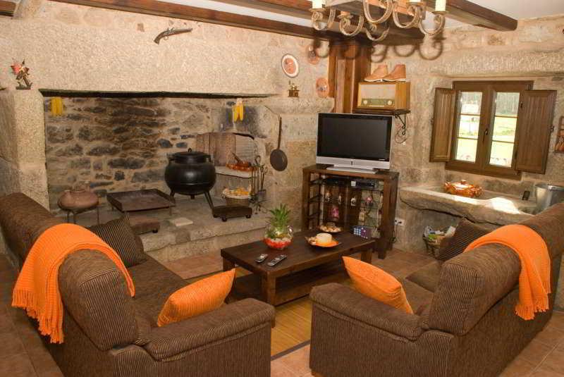 Casa Castieira -