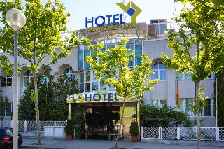 Hotel vp jardin de tres cantos en tres cantos for El jardin de tres cantos