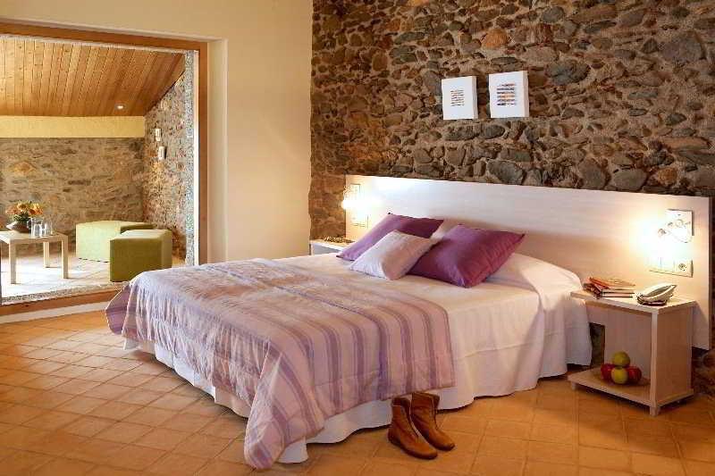Precios y ofertas de hotel ses arrels en vall llobrega - Hoteles modernos espana ...