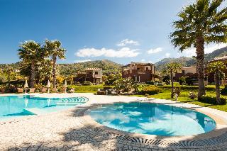 Alcantara Resort