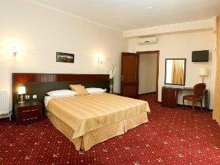 Manhattan Hotel -