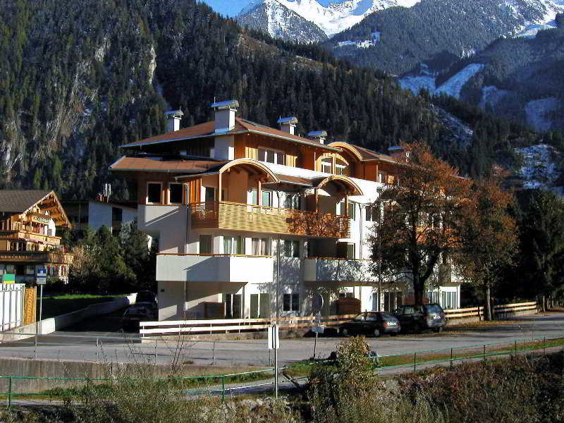 Appartments Zillerpromenade Mayrhofen, Austria Hotels & Resorts