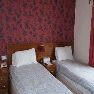 Kirkdale Hotel