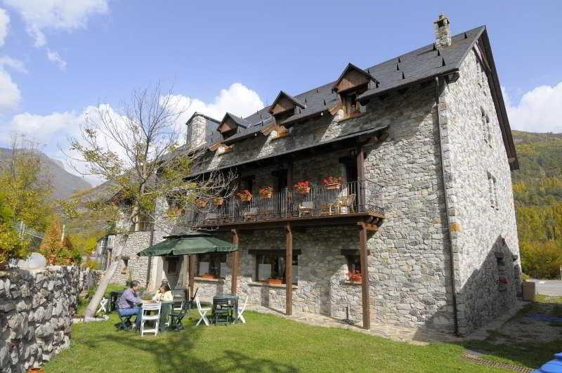 Precios y ofertas de hotel casa arcas en villanova benasque pirineo aragon s - Hotel casa arcas ...