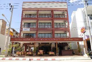 Outdoor Inn & Restaurant Kata Beach