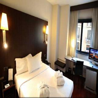 Hotel Vilamari - Hoteles en Sants - Montjuïc Barcelona
