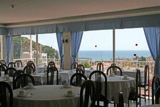 Hotel jet 3 hotel in caldes d 39 estrac beach hotel for Balneari caldes d estrac
