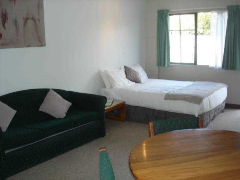 Karaka Tree Motel in Central Plateau - Taupo, New Zealand