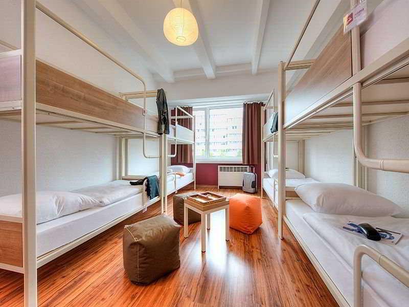 Hostal Pangeapeople Hostel & Hotel