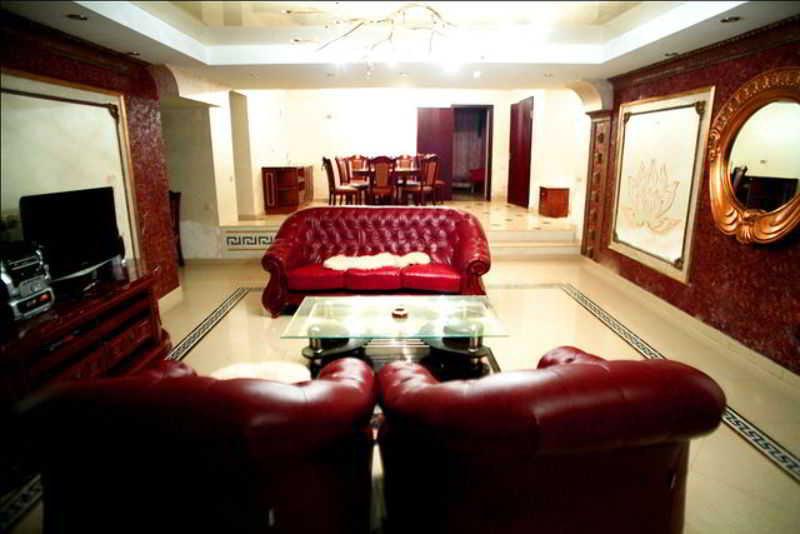 Hotel Ezio Palace