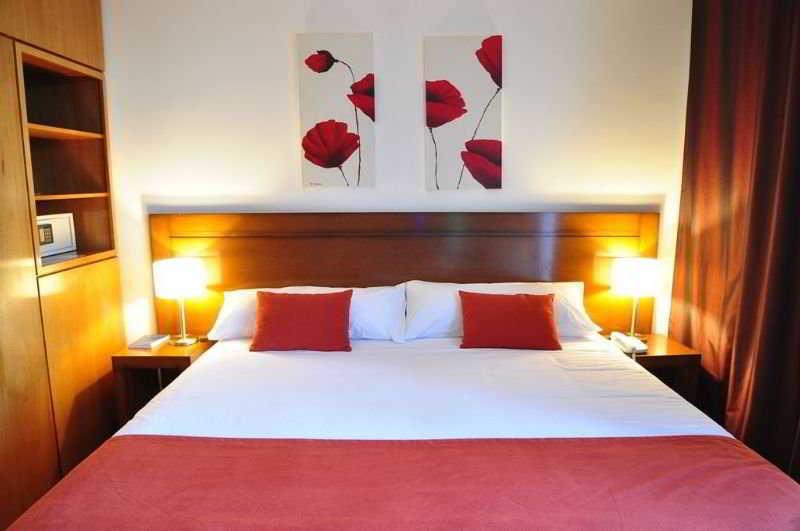 HotelHerradura Hotel Suites