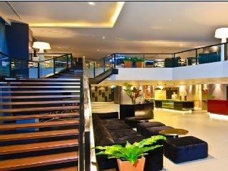 曼谷18巷广场公园酒店