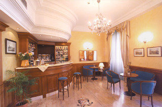 check rates at the Hotel Montecarlo hotel Rome Italy