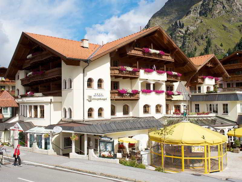 Mittagskogel Hotel
