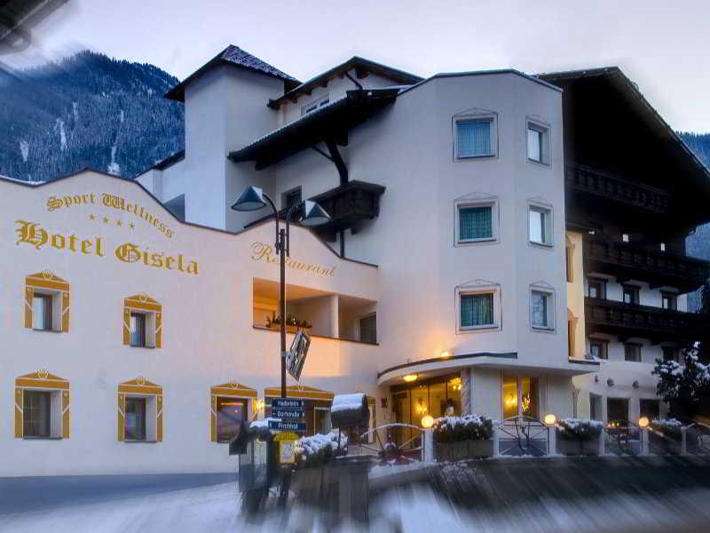 Gisela Hotel