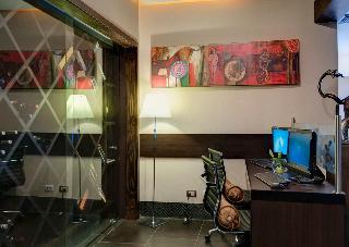 Studio Hotel