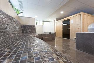 http://www.hotelbeds.com/giata/15/155970/155970a_hb_a_001.jpg
