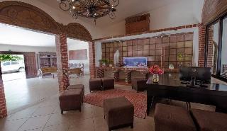 Hacienda Morelos At Beach Front Hotel