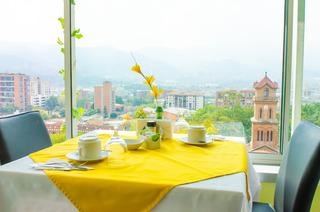 Hotel & Aparta Suites Torre Poblado