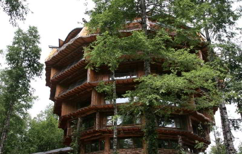 Nothofagus Hotel & Spa in Huilo Huilo, Chile