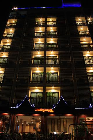 Patong Hemingways Hotel