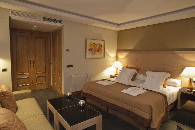 Apartamentos Nexus Benalm�dena Suites