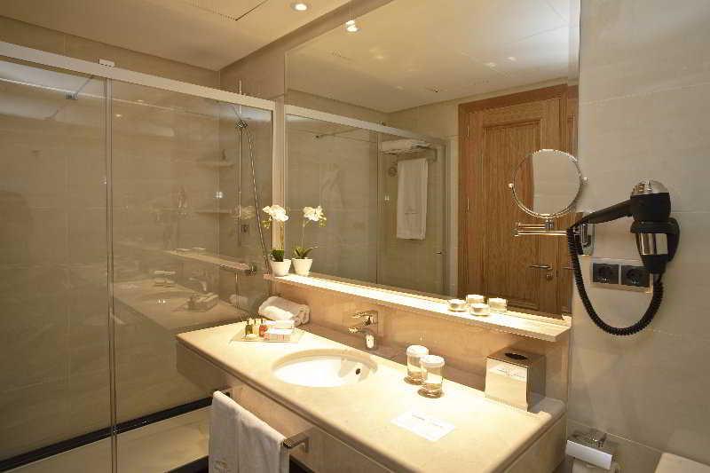 Nexus Benalmadena Suites and Apartments