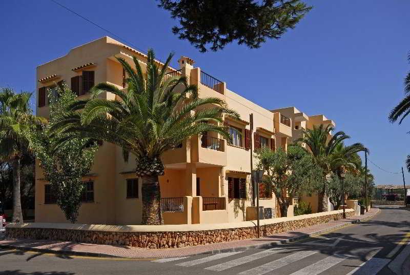 Casas de Cala Ferrera