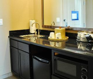 Hampton Inn & Suites Bay City, TX