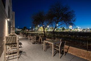 Hampton Inn & Suites Las Vegas Henderson