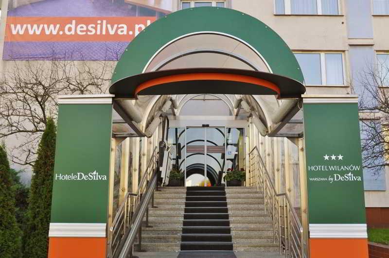 Wilanow Warszawa by DeSilva