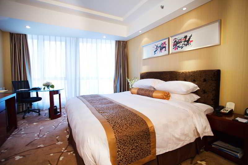 Grand Hotel (Tianjin Pilot Free Trade Zone)