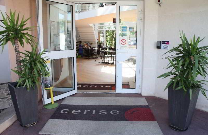 Viajes Ibiza - Cerise Nancy