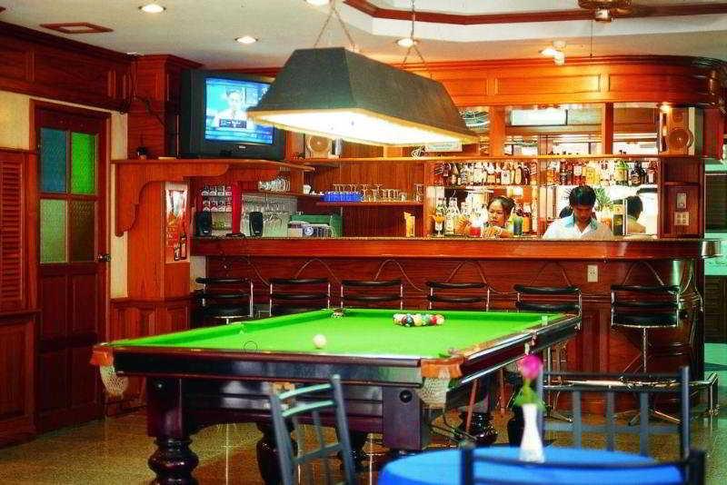 Anchalee inn phuket hotel instant reservation for Anchalee thai cuisine