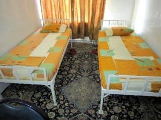 Farvardin Hostel