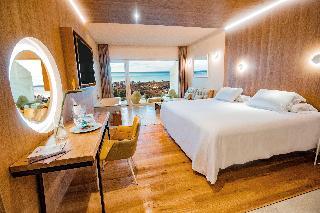 DoubleTree Hilton Resort Spa Reserva Higueron - Hoteles en Fuengirola