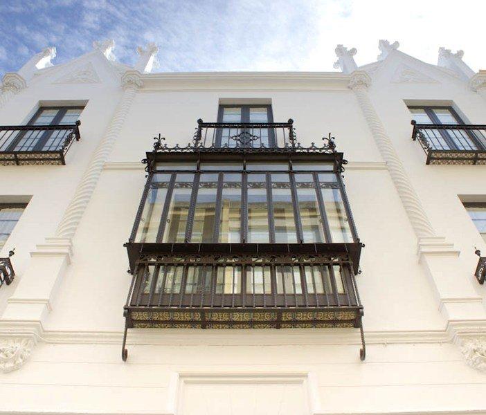 C&L Alberto Lista by Life Apartments