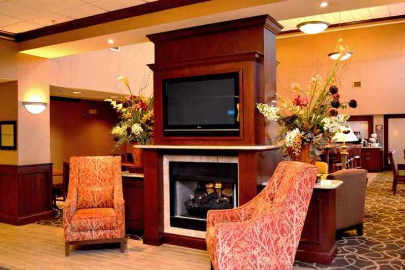 Hampton Inn & Suites Greensburg