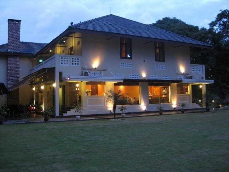 Rider's Lodge