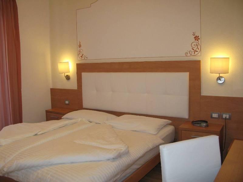 Alphotel Milano
